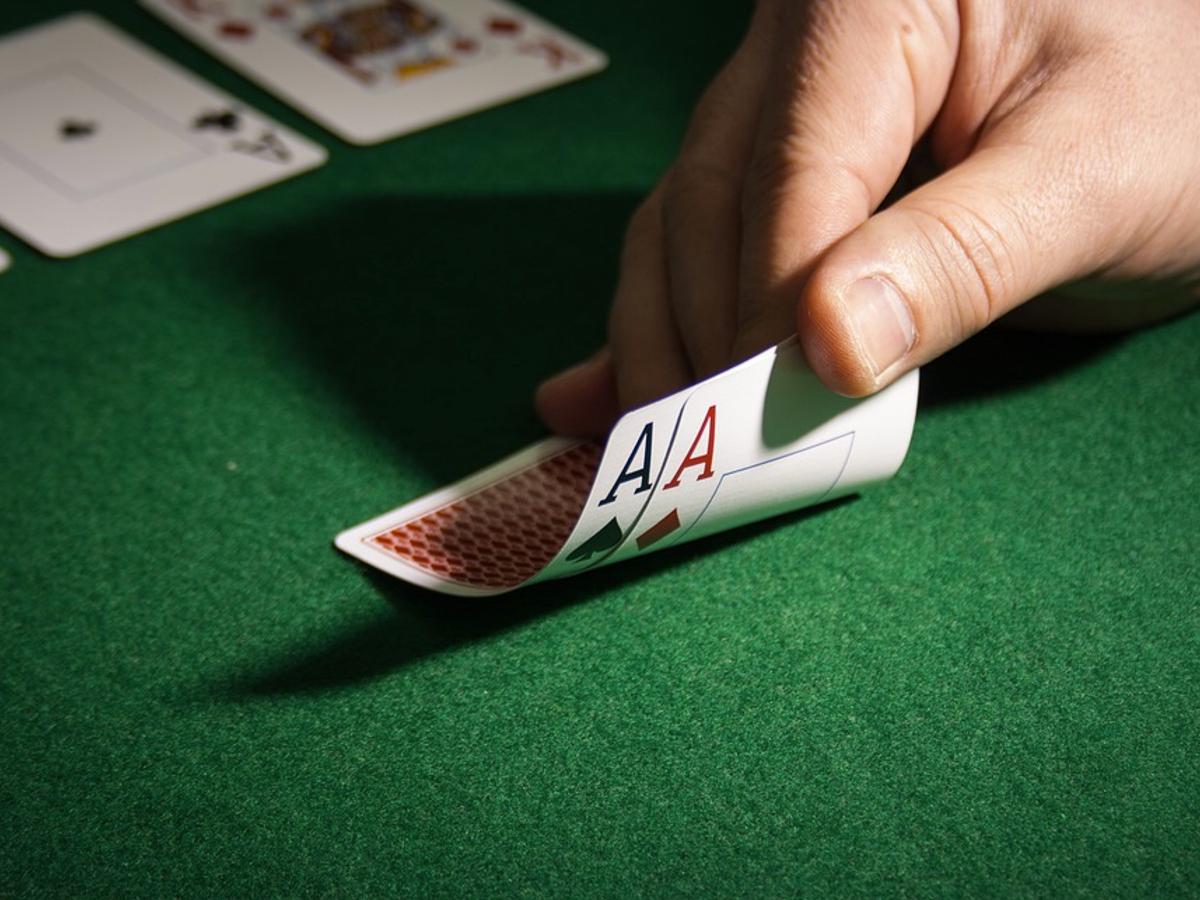 blog post - How to Beat Video Poker Machines